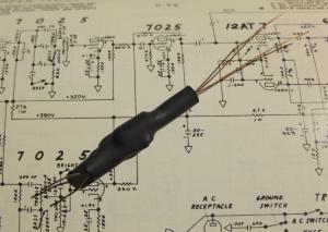 LDR + Glimmlampe zur Realisierung des optischen Tremolos in Fender Amps.